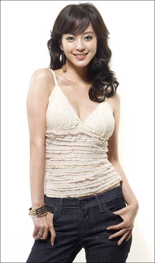Han Ye Seul Resembles Park Myung Soo