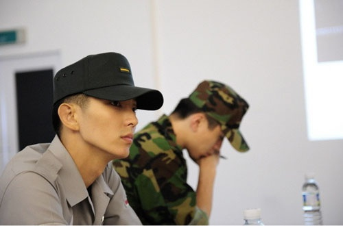 Lee Jun Ki and Lee Dong Wook Selected To Take Part in War Photo Shoot