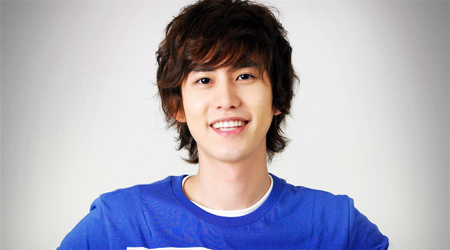 Kyuhyun Receives Surgery For Ear Infection