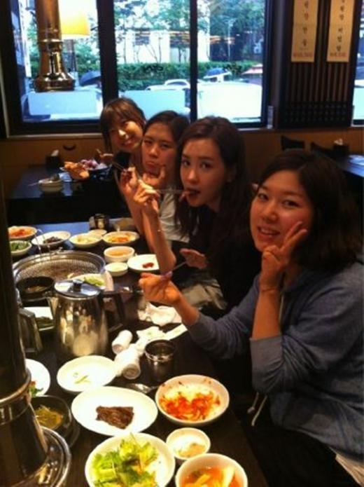 "Miss Ripley's Lee Da Hae, ""Thank You Ripley Fan IVY"""
