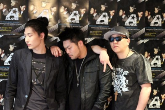 Aziatix Update: Japan, Far East Movement, and a Cover Song