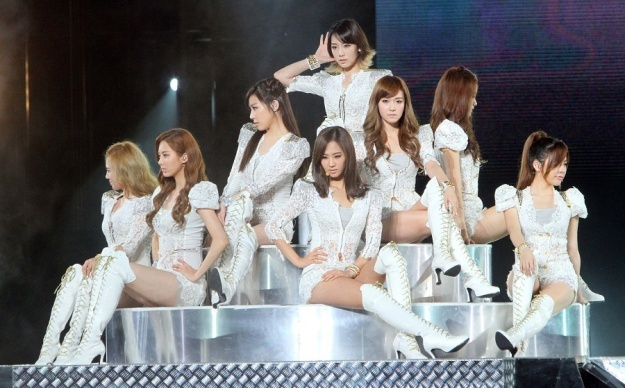 SNSD Makes More Than 30,000 Fans Go Wild in Taiwan