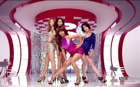 SISTAR's 2011 KBS Gayo Daejun Performance Upsets Some Online Viewers