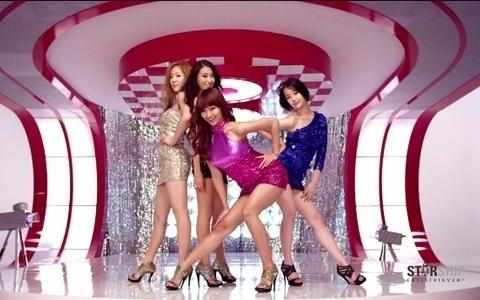 SISTAR's 2011 KBS Gayo Daejun Performance Upsets Some Online Viewers