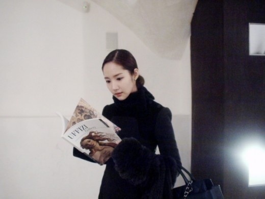 Park Min Young Looking Beautiful in Italy