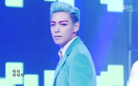 Big Bang T.O.P. Wows with Blue Hair, Blue Suit, and Hot Pink Eyebrows