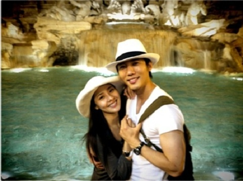 Eugene and Ki Tae Young Share Lovely Honeymoon Photos from Italy