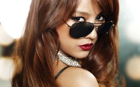 Lee Hyori Looks Playful with Jung Jae Hyung for Harper's Bazaar