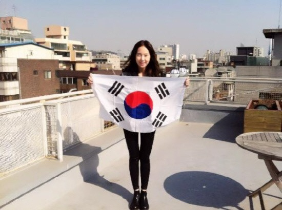 T-ara's Hwayoung, Nine Muses' Euaerin and Sera Celebrate Korean Independence Movement Day
