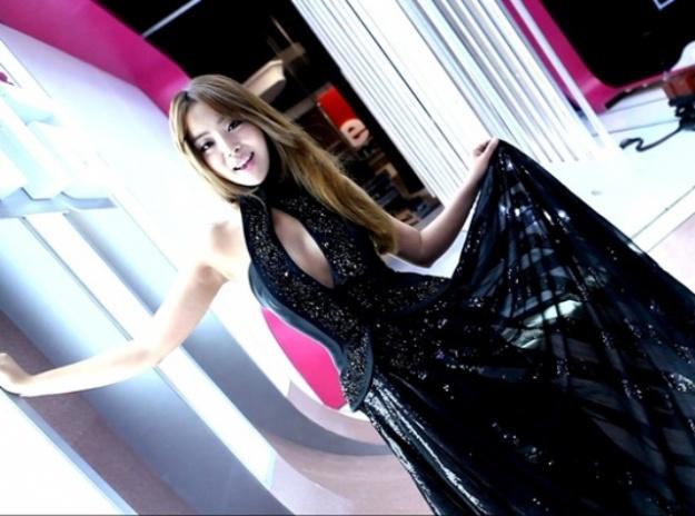 "Narsha to MC OnStyle TV's New Fashion Program ""Style Show Feel"""