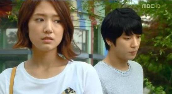 "[Scene Recap] ""Heartstrings"": Park Shin Hye Gives Up on Jung Yong Hwa?"