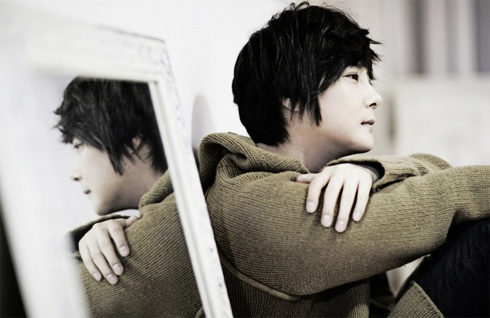 "Shin Hye Sung to Release Modern Rock Album ""Embrace"" on December 27"