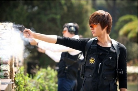 """City Hunter"" Releases Upcoming Episode's Teaser of Lee Min Ho"