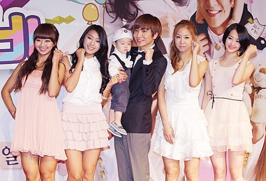 First Male Guest at SISTAR's Dorm? Super Junior's Lee Teuk