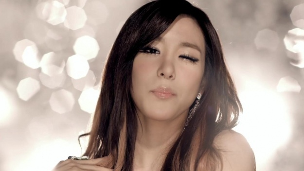 """SNSD Tiffany """"Excited to Perform 'The Boys' in France for First Time"""""""
