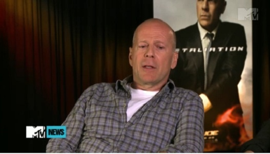 "Bruce Willis Calls Lee Byung Hun's Acting ""So Great"""
