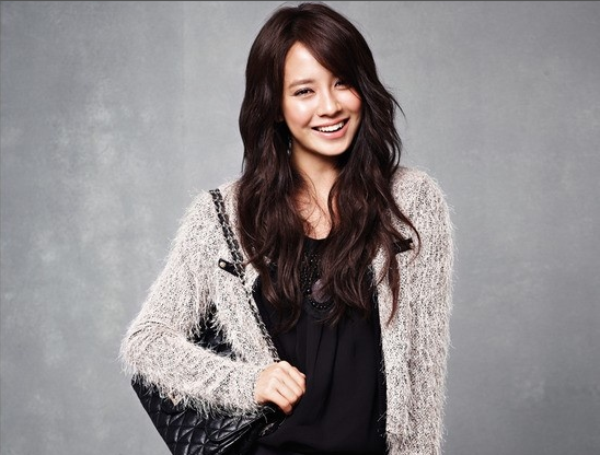 Song Ji Hyo Rushed to Emergency Room