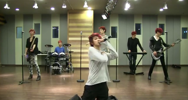 """LED Apple Releases Dance Practice Video for """"Sadness"""""""