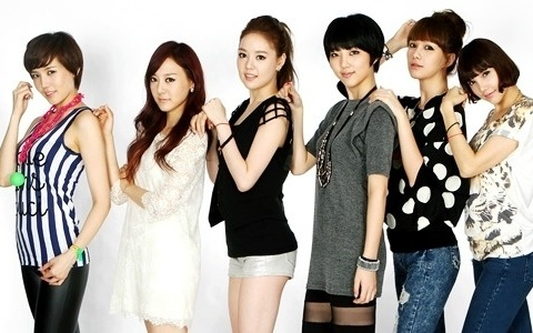 "April Kiss Flaunts Their Pride as the ""Female 2PM""?"