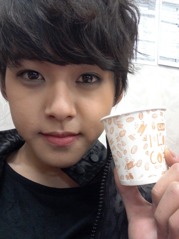 U-Kiss's Dongho Gets Rejected by Taxi Driver and Rides the Bus