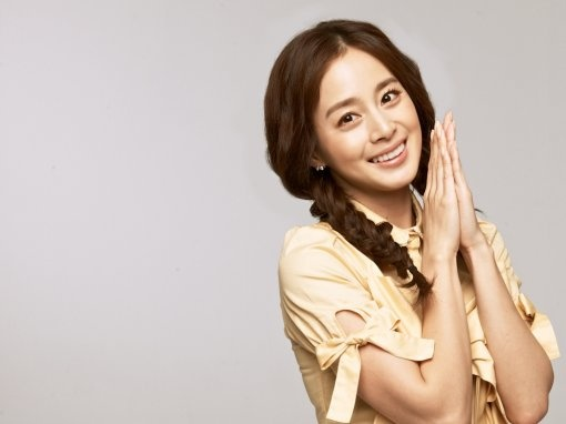 """Who Is Behind the Japanese """"Anti-Kim Tae Hee"""" Movement?"""