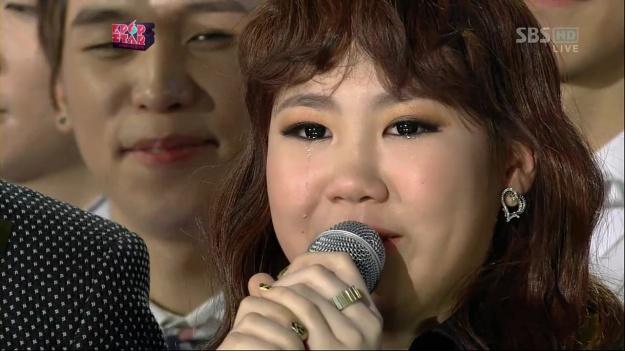 """Park Ji Min Wins SBS """"K-Pop Star"""" but Which Agency Will She Choose?"""