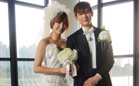 """Nichkhun and Victoria Ended Their """"Marriage"""" With a Farewell Trip"""