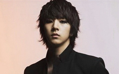 MBLAQ's Thunder Shows Off His New Look