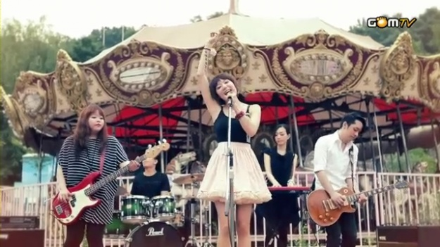 "Dear Cloud Releases ""It's For You"" MV"