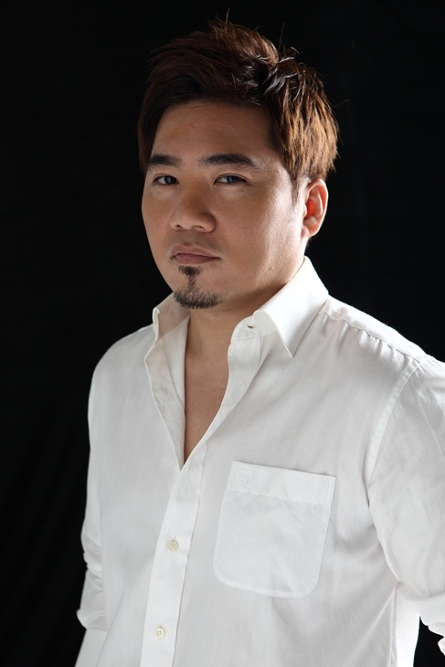 R&B King Kim Jo Han Comes Back After Four Years