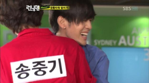 Se7en Imitates YG's Dance Moves