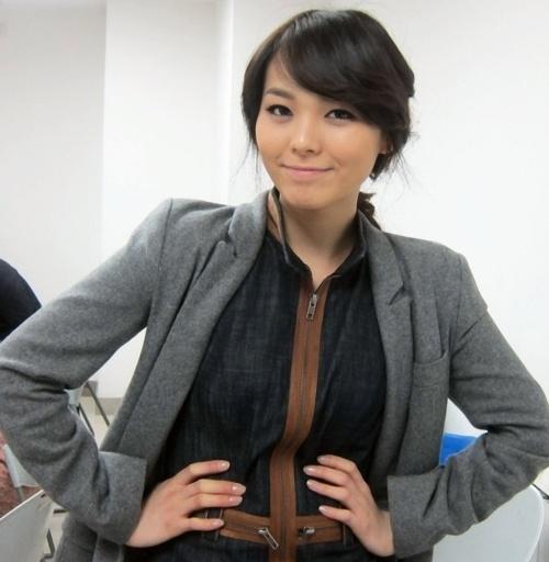 Wonder Girls Sunye Participates in Volunteer Charity Event for Naver