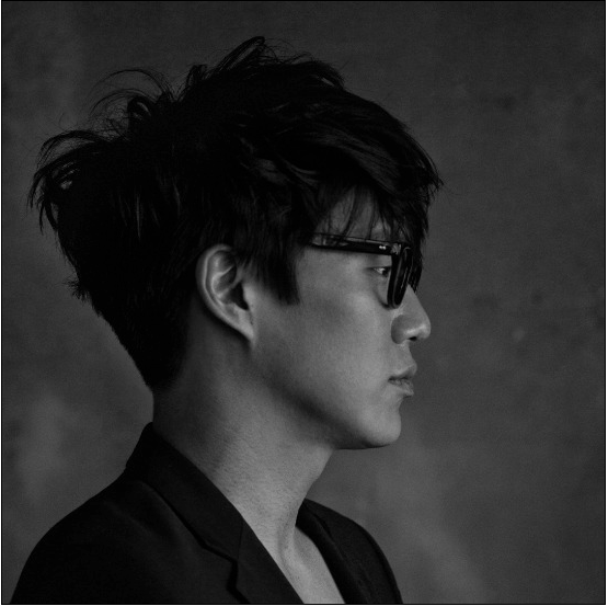 Ghost Voice Heard in Sung Si Kyung's New Song?