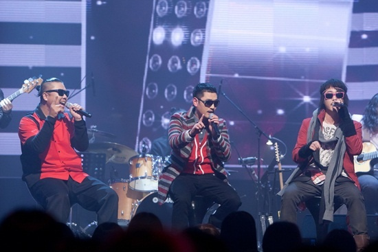 the-buga-kings-perform-2ne1s-i-dont-care_image